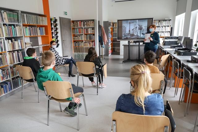 Z wizytą w bibliotece01